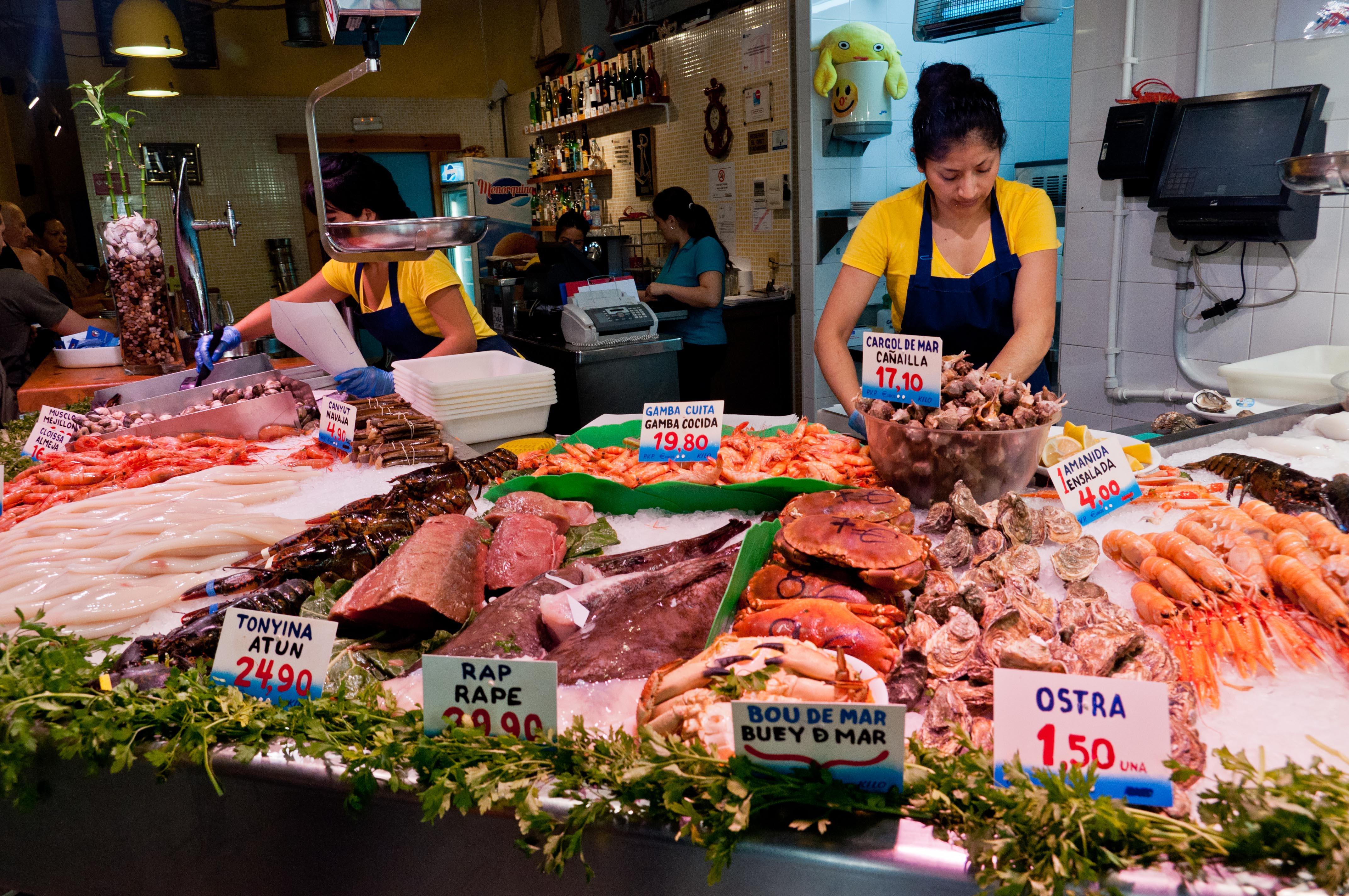 My barcelona bites la paradeta and xiringuito escriba for La fish market